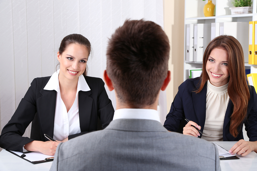 How to Evaluate a Candidate's Achievements During the 1st Interview